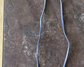Adjustable glass bead pendant necklace