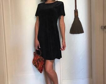 90's Velvet Dress. Witchy Black Velvet Dress. 90's Black Velvet Leaf Print. Fall fashion