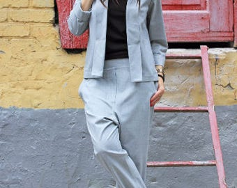 grey jacket/womens blazer/blazer jacket/wool jacket/short jacket/light jacket/office clothing/business clothing/suit jacket/grey top/R00026