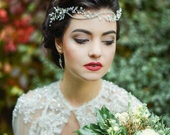 Bridal Hair Vine Accessory Hairpiece - Wedding Headband - Bridal Headpiece Accessory - Bridal Hair vine -  Hair wreath - pearls and crystals