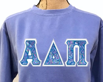 Lilly Pulitzer GREEK LETTER Appliqué - ANY letters - Comfort Colors Sweatshirt, Long Sleeve T-shirt or, Short Sleeve T