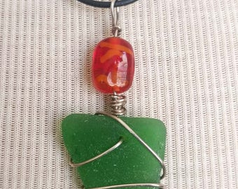 Kelly Green Sea Glass Necklace/Pendant/Sterling Wire Leather/Jewelry/Artsy Urban Boho/Maine/Sea Swag