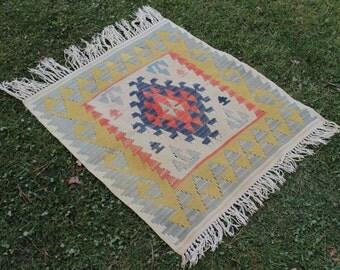 Small square Doormat Rug, Small Oushak Rug, 2.5x2.5 ft Turkish Doormat Rug, Entryway Rug, handmade small rug, Oriental Rug, Tiny Rug, 10058