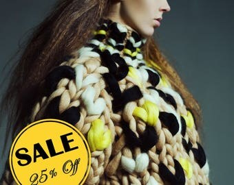 Secial SALE 25% off. Chunky sweater.  Giant knit turtelneck. Woolen bulky yarn bomber. Giant knitting warm sweatshirt. Super chunky knit.