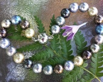 South Seas Faux Pearl Choker Necklace