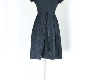 1950s Dress - Vintage Fit & Flare Black Dress - XS/S - Jacquard - Satin Trim - Short Sleeve - Audrey Hepburn - Classic Elegant Cocktail LBD