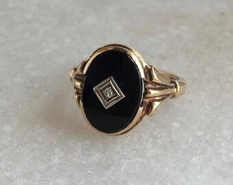 Antique Onyx Ring   Art Deco Era