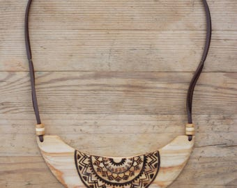 "Wooden Necklace ""Wooden Mandala"""