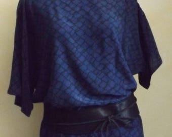 Kimono sleeve top in printed silk
