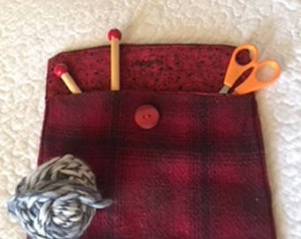 Pouch, wool and hand made P 108