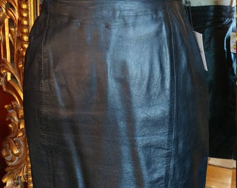 Vintage 1980's Wilsons Black Leather Skirt Size 6