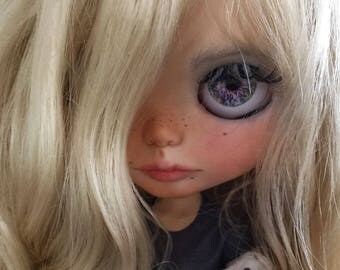 Custom Blythe ooak doll Polina the art lover
