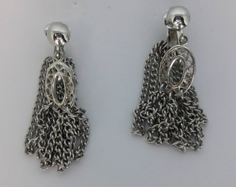 Silver Plated Chains Clip On Vintage Earrings