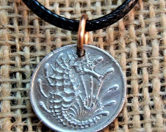 singapore 10c pendant & 18 in starter necklace