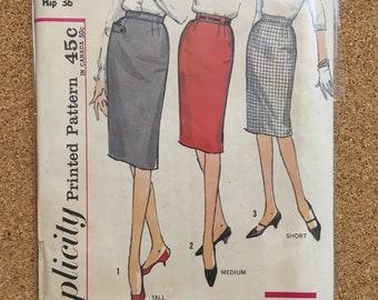 Straight skirt pattern Simplicity 4529