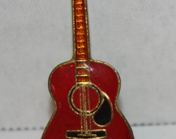 Vintage Waylon Jennings Guitar Enamel Pinback button pin hat lapel