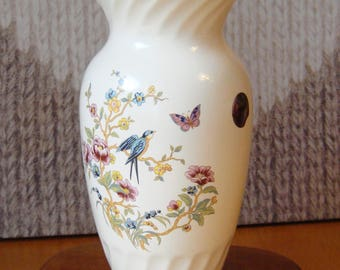 Beautiful Wicklow Vale Vase by Arklow Potteries Noritake Ireland perfect condition