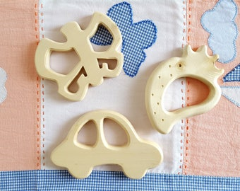 6 models - Mastro toys natural wooden teething ring