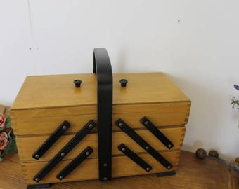 Vintage Concertina Sewing Box With Legs/ Wooden Sewing Box/Sewing Storage & Organisation/ Sewing Box/Haberdashery (010A)