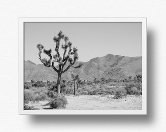 Joshua Tree print,Desert wall art,Desert print,Desert décor,Black and white art,Monochrome print,Instant download print,modern prints