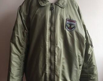 Vintage Olive Green Winter Bomber Jacket XL