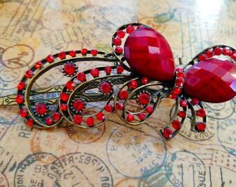 Vintage inspired red rhinestone hair clip, brass, metal part pattern, 10.5 cm/4.1''