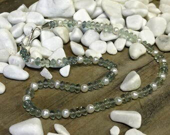 Fluorite necklace white freshwater cultured pearl with silver clasp