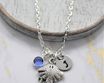 Stingray Necklace - Personalized Stingray - Stingray Jewelry for Women & Girls - Stingray Lover Gift Idea - Ocean Related Jewelry