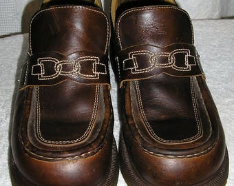 Vintage 80s, Doc Marten, platform, brown loafers, Made in England, size 7 UK, 9 USW, 8 USM