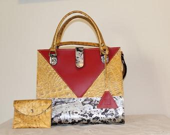 Leather woman artistic bag handbag purse medium red gold silver  lux classic luxury raffinate made in Italy italian fashion designer  style