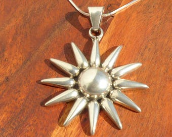 Sterling Silver Mexican Sun Pendant Necklace.