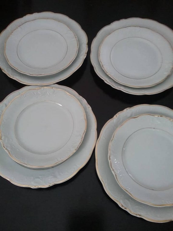 Vintage Wawel Plates, Wawel Made in Poland, Casa Oro Patterned 8 Plates, Polish Dinnerware Replacement pieces, Polish China Plates