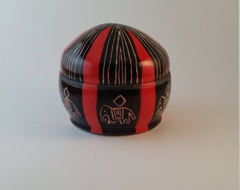 Ceramic covered bowl, hand carved sgraffito, gifts 25 and under