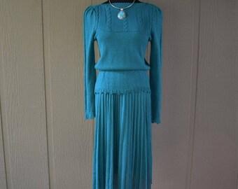 Vintage Leslie Fay