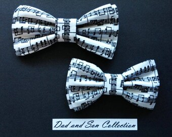Bow Tie,Dad and Son Bow Ties, Music Notes Bow Tie,Father Son Bow Ties,Mens Bow Tie,Groomsmen Bow Tie,Ring Bearer Bow Tie,Boys Bow Tie  DS688