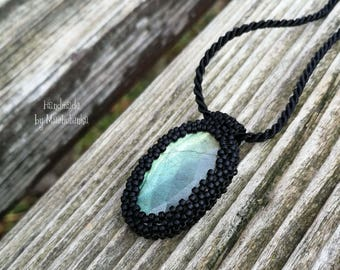 Beaded necklace with labradorite