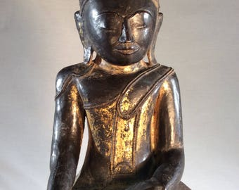Graceful, Beautiful Meditating Buddha from Burma - late 1800's - early 1900's