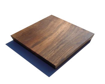 Trivet / centerpiece made of solid walnut