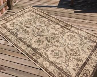 """Vintage oushak rug,floor rug.3""""9x7""""7ft. Oushak vintage rug,hallway rug,area desing rug,carpet,interior rug, turkish rug,"""