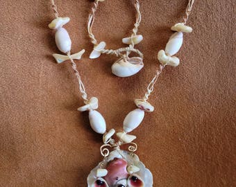 Macrame and Shell Necklace