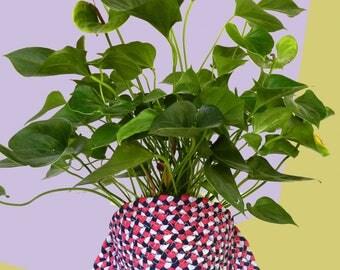 Woven planter