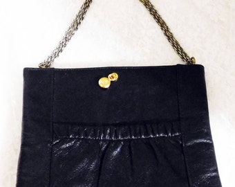 "Vintage Ande' Black Leather Envelope Purse/Handbag with Chain Handle - 7"" x 8 1/2"" x 1/2 - Chic!"