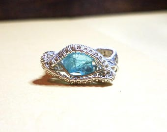 Raw Ocean Blue Apatite and Sterling Silver Ring Size 6.5