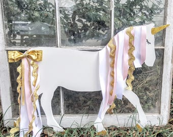 Unicorn Bedroom Decor Bow Holder. Girl's Room Unicorn Decor. Personalized Unicorn. Full Unicorn Bow Holder