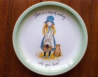 Holly Hobbie with Kittens and Mama Cat Collector Plate 1972