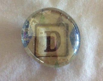 Magnet, Letter D