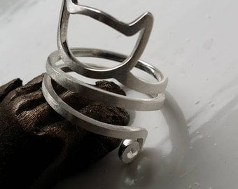 Adjustable cat silver ring