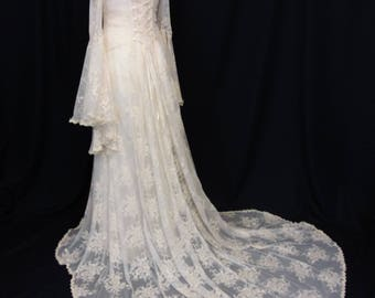 Lace wedding dress, vintage style gown,Boho wedding dress, handfasting, ivory guipure lace dress, elven Wedding dress,