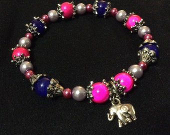 Glass beaded stretchy elephant charm bracelet