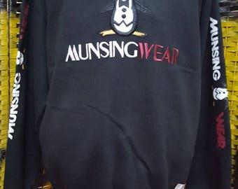 Vintage MUNSINGWEAR / big embroidered logo / Large size sweatshirt (AL 32)